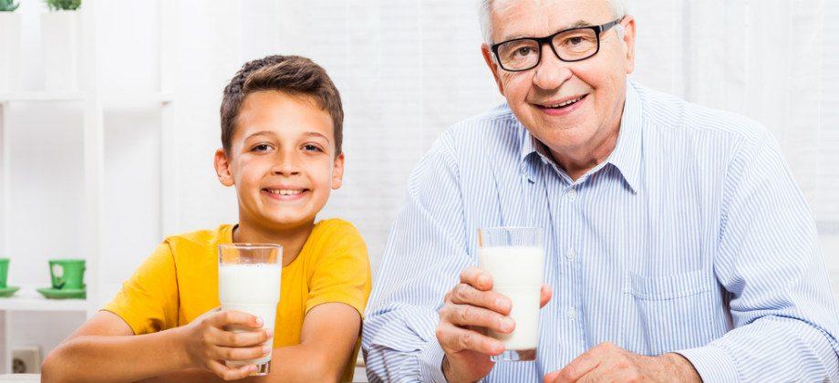Imagem do post Por que a quantidade de cálcio varia de acordo com a idade e o gênero?