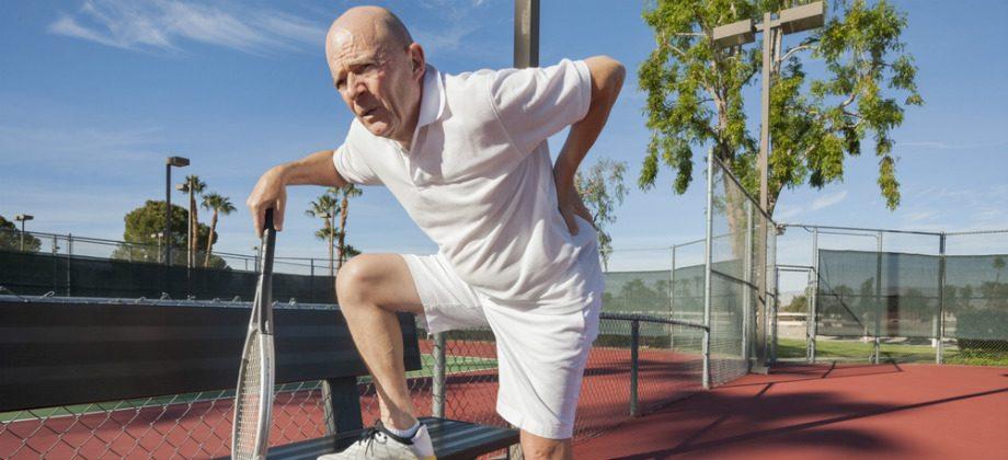 Imagem do post Por que a dor nas costas é uma queixa comum de jogadores de tênis?