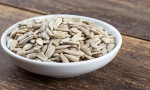 Por que a vitamina E é um importante antioxidante para o corpo?