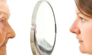 Por que a pele fica mais flácida à medida que envelhecemos?