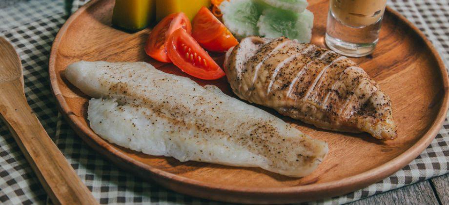 Imagem do post Peixe x frango: Qual das duas carnes é melhor para quem tem colesterol alto?
