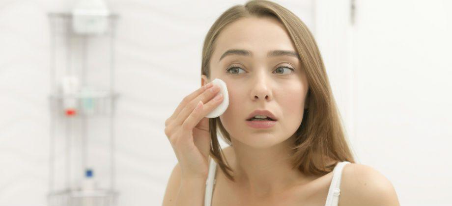 Imagem do post Pessoas com pele sensível devem tomar cuidados especiais na hora de lavar o rosto?