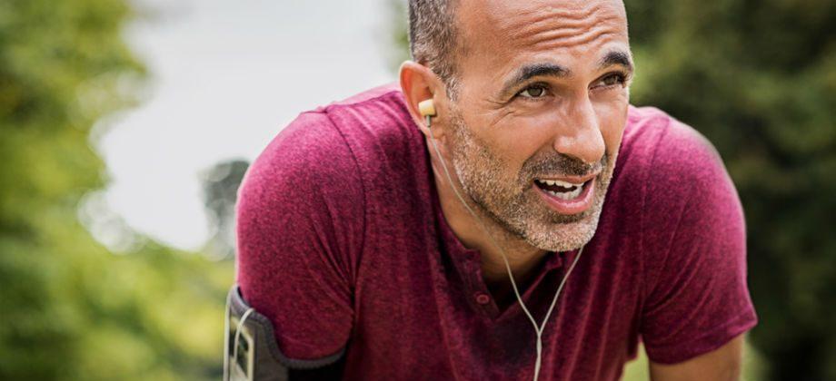 Imagem do post A atividade física pode ajudar a reduzir os níveis de colesterol no sangue? Como?