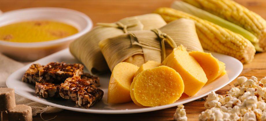 Imagem do post Salsichão, pé-de-moleque, milho verde: Quais quitutes de festa junina são os maiores vilões para quem quer manter o peso?