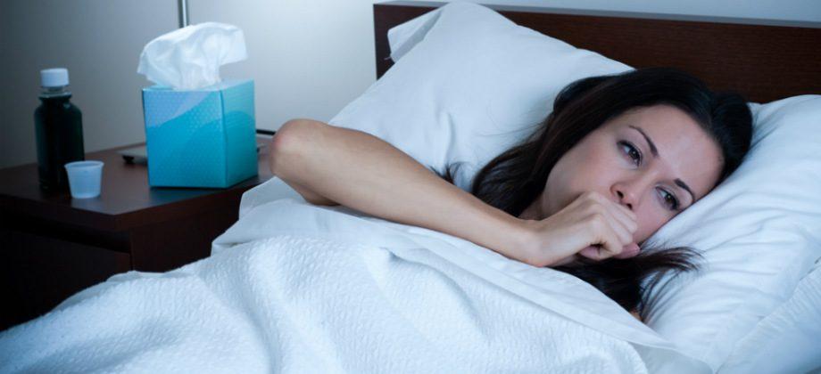 Imagem do post Por que a tosse seca costuma ser pior durante a noite?