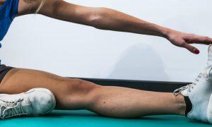 O alongamento antes do exercício físico ajuda a prevenir lesões?
