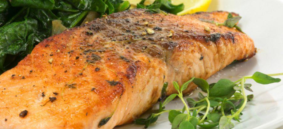 Imagem do post Dieta low carb: prós, contras e riscos dessa estratégia para emagrecer