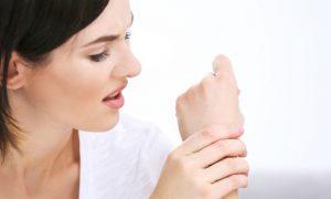 Quais exercícios são indicados para fortalecer as articulações do punho?