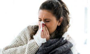 Quais são as consequências de rinite alérgica não tratada?