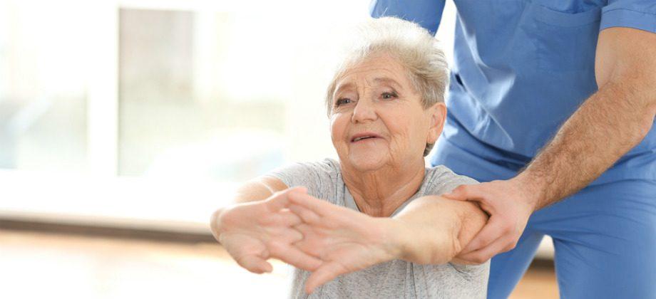Imagem do post Osteoporose: Causas, riscos e tratamento para essa doença comum em mulheres