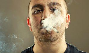 DPOC: Como diferenciar os primeiros sintomas dos pigarros de quem fuma?