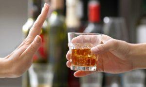 Esquizofrenia: Pacientes podem consumir bebidas alcoólicas em moderação?