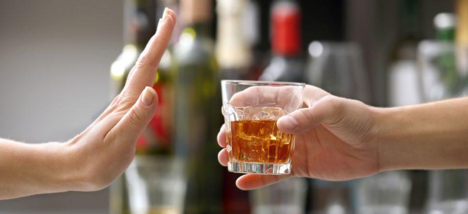 Imagem do post Esquizofrenia: Pacientes podem consumir bebidas alcoólicas em moderação?