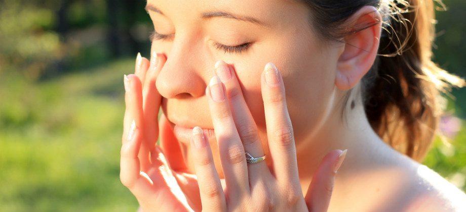 Imagem do post É possível pegar sol e ainda assim ter uma pele jovem?