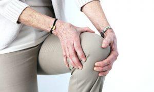 Moradora do Pará ameniza dores da osteoartrite no joelho com tratamento
