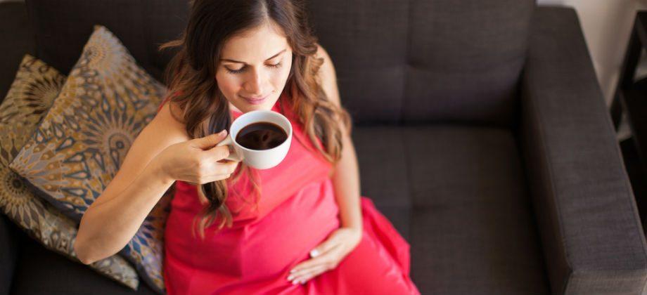 Imagem do post O café deve ser evitado durante o período de gestação?