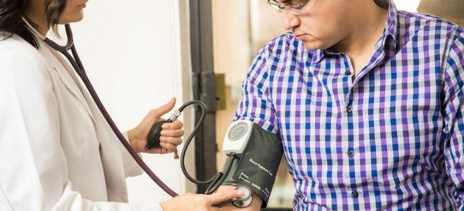 Imagem do post Adesão ao tratamento: Saiba a importância de checar sua pressão arterial regularmente