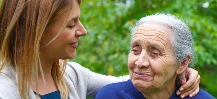 Imagem do post Familiar com Alzheimer: saiba os primeiros passos para enfrentar a doença