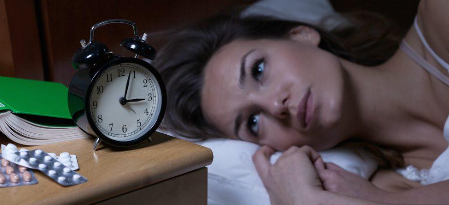 Imagem do post Ter uma hora fixa para dormir ajuda no tratamento contra a insônia?