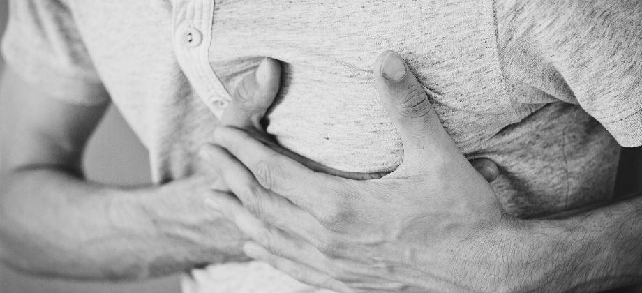 Imagem do post Sinais de infarto: Listamos alguns sintomas que você deve ficar ligado, para entrar em contato com seu médico imediatamente