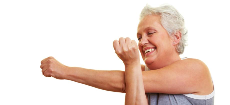 Imagem do post Conheça exercícios simples que podem ajudar a aliviar a dor nas articulações