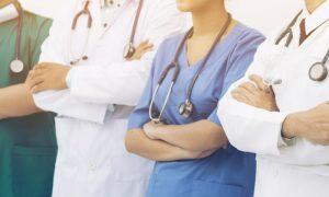 A esquizofrenia deve reunir várias especialidades médicas no tratamento?