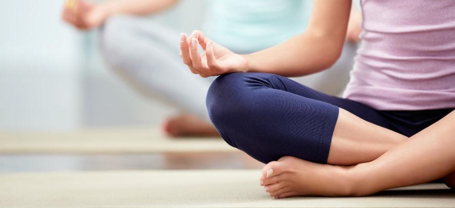Imagem do post Pensionista trata ansiedade com psicoterapia, medicamento e yoga