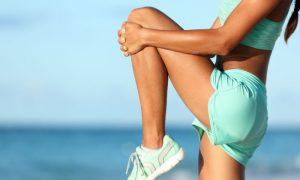 Quais são os exercícios recomendados para ajudar no tratamento de varizes?
