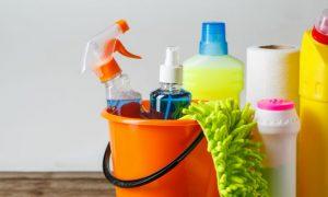 Como identificar substâncias em sua casa que podem estar desencadeando reações alérgicas na pele?