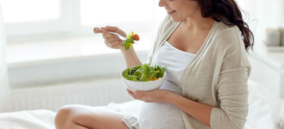 Imagem do post Gestantes vegetarianas: o ômega 3 pode ser encontrado em alimentos de origem vegetal?