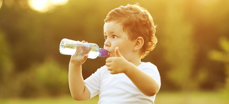 Imagem do post Diarreia em crianças: qual a quantidade de água recomendada para hidratação?