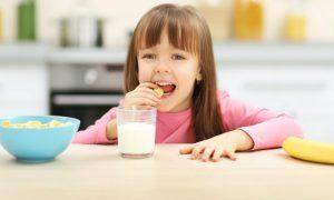 Saúde infantil: conheça os principais benefícios das vitaminas do complexo B