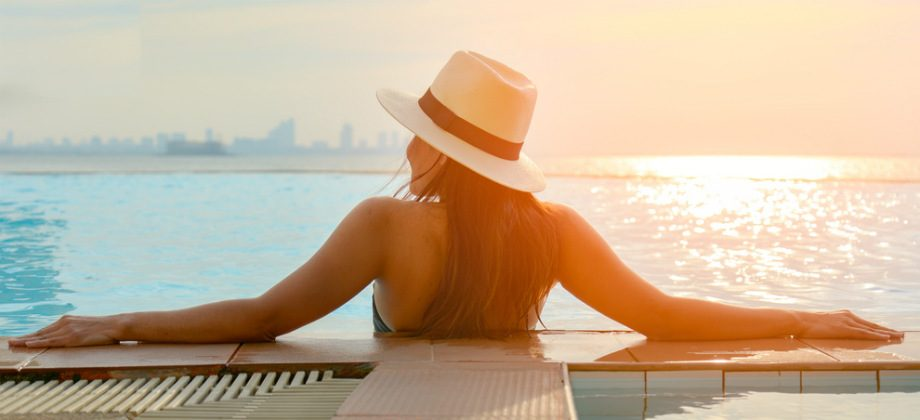 Imagem do post Existe alguma forma segura de pegar sol no verão tendo a pele sensível?