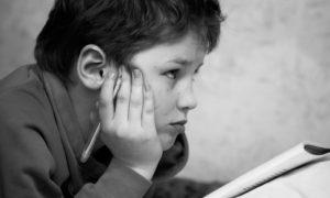 Meu filho repetiu de ano: como evitar que a criança entre em depressão?