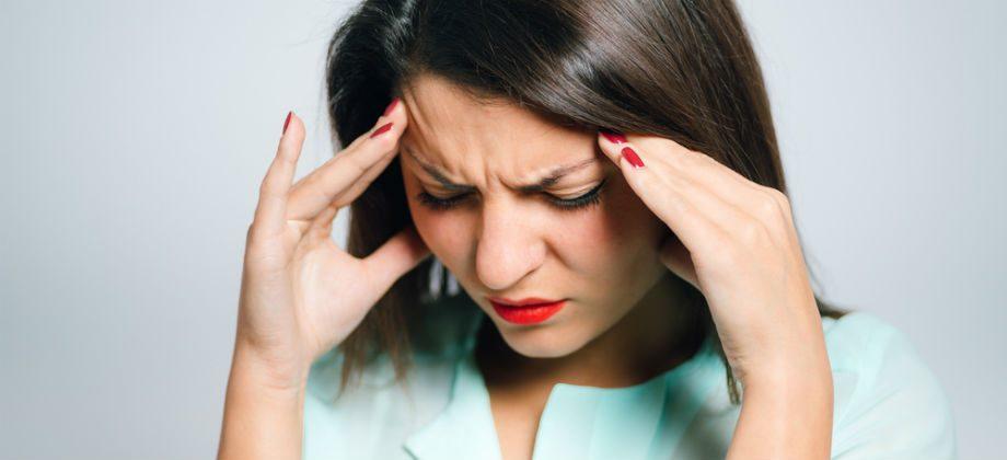 Imagem do post Analgésicos podem ajudar a reduzir a dor causada por enxaquecas?