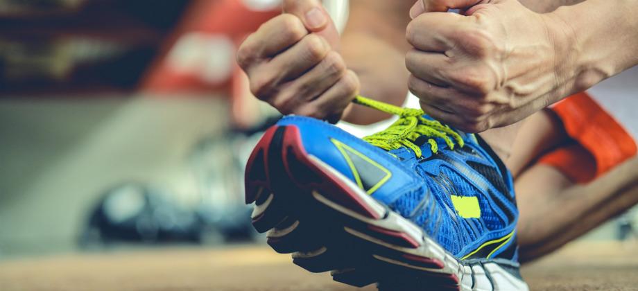 Imagem do post Exercício para emagrecer: qual é o melhor tipo de calçado para fazer uma corrida?