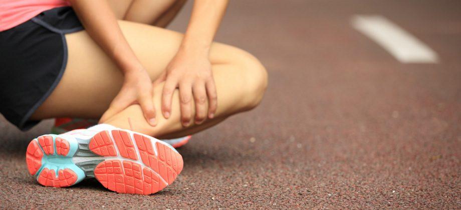Imagem do post Quais são os primeiros passos para tratar uma torção do tornozelo?