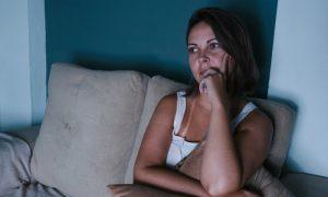 Forçando o sono: o que não fazer para combater a insônia?