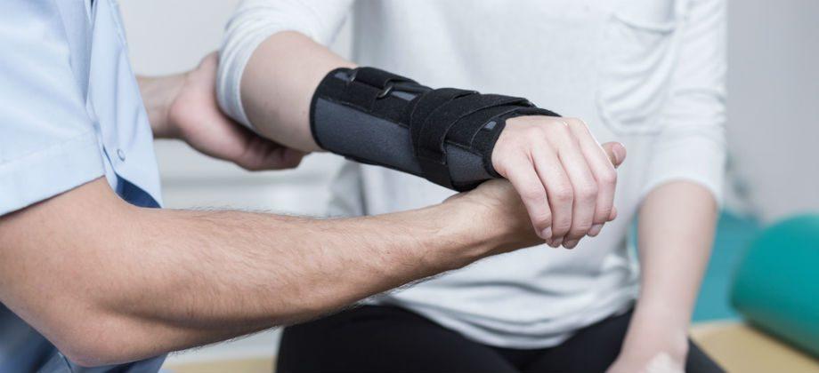 Imagem do post Por que é importante imobilizar a articulação afetada por um trauma?
