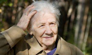 Medicamentos usados no tratamento do Alzheimer ajudam a melhorar a memória do paciente?