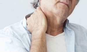 Osteoartrite: O desgaste pode atingir as articulações do pescoço? Como se prevenir?