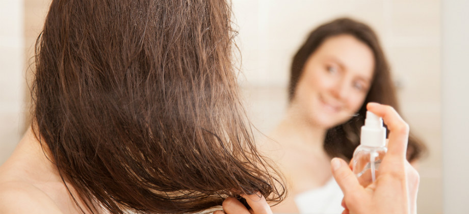 Quais são os benefícios da água dermatológica para o cabelo?