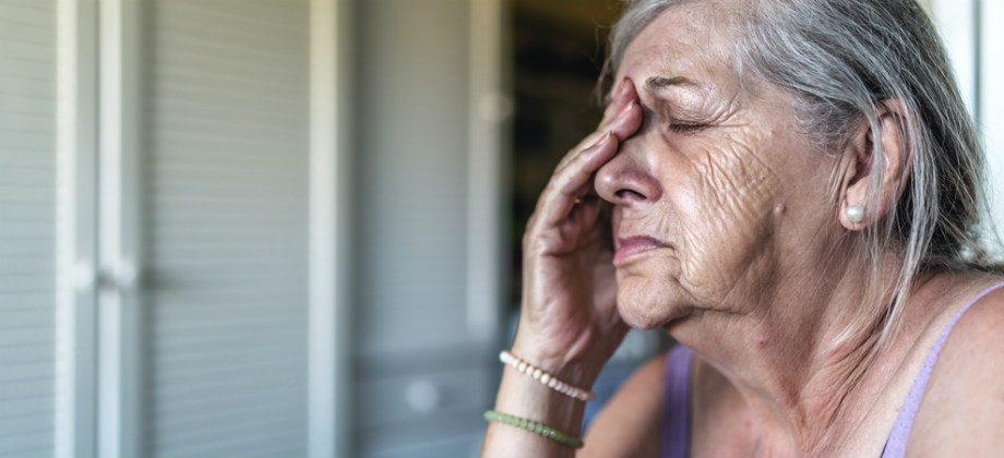 Imagem do post O Mal de Alzheimer pode afetar as emoções dos pacientes?