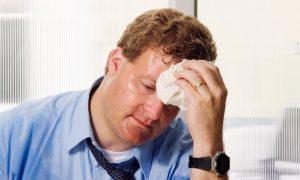 Como cuidar da pressão arterial no calor intenso?