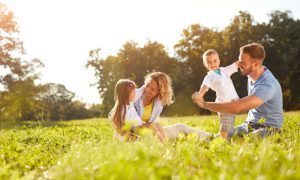 Como evitar os problemas causados pelo sol sem prejudicar a absorção de vitamina D?