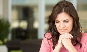 Osteoporose: Por que a menopausa tem relação com a doença?
