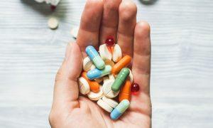 Seguindo a prescrição: Você sabia que a substituição da medicação para varizes pode prejudicar o tratamento?