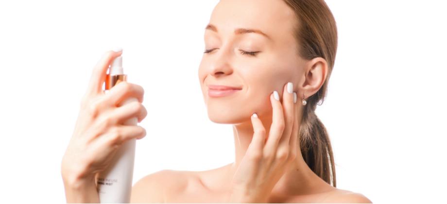 Como a água dermatológica atua em uma irritação da pele?