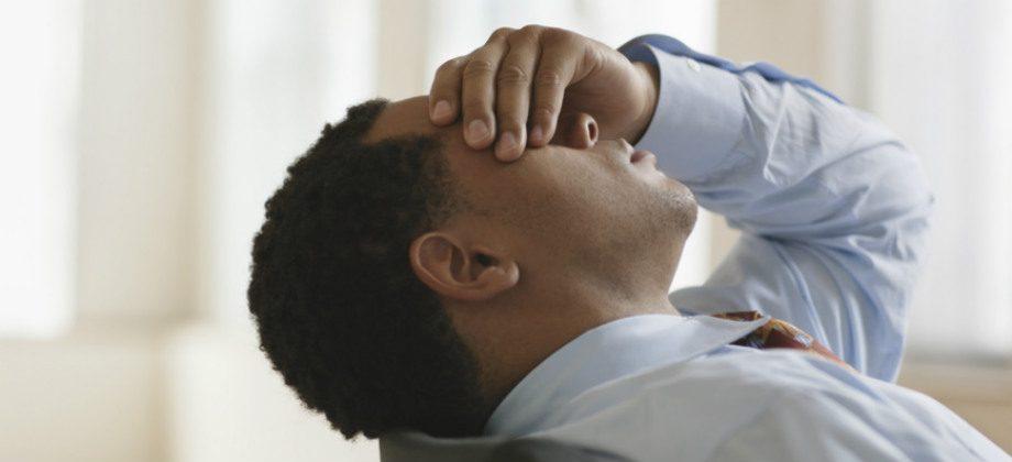 Imagem do post Crise de ansiedade no trabalho: o que fazer para lidar com o problema?
