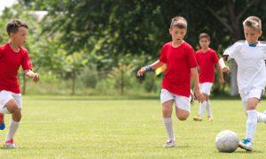 A prática de atividades físicas regulares ajuda a fortalecer a imunidade infantil?